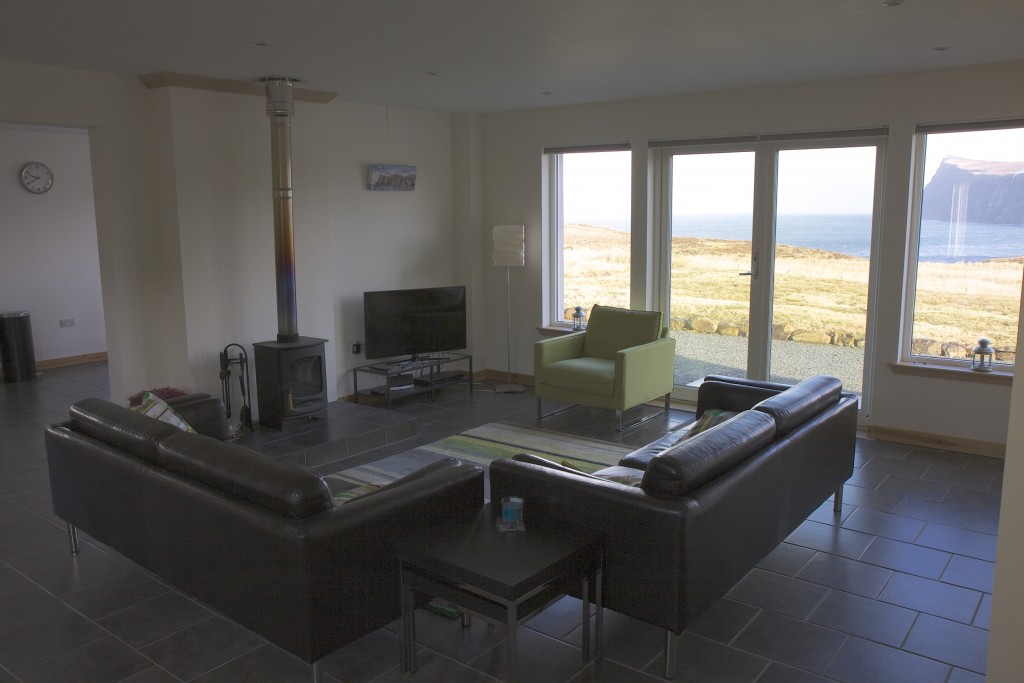 Booking Pooltiel House coastal self catering cottage on Skye Scotland.
