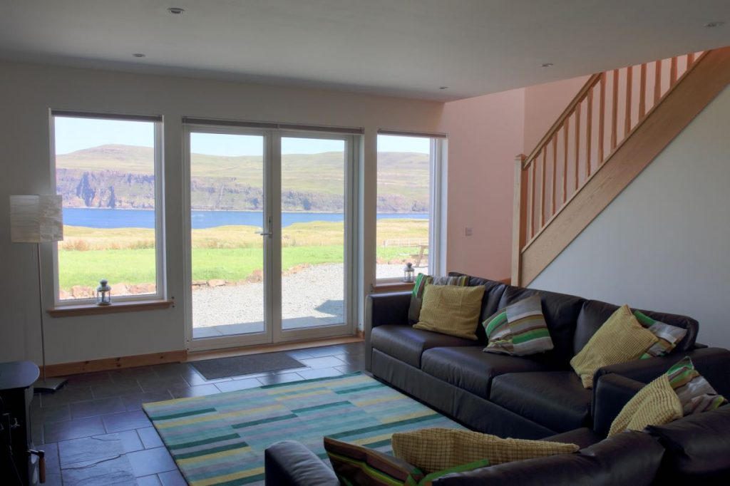 Pooltiel House self catering cottage Skye living with sea view